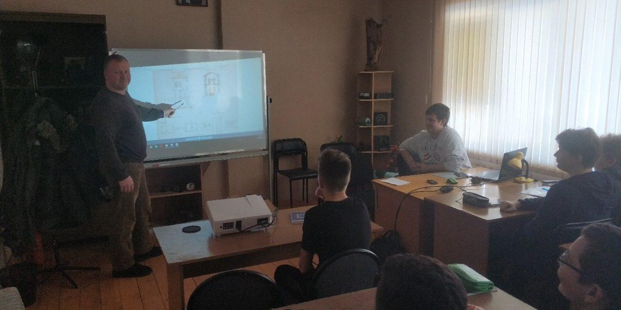 Михаил Воробьев провел лекцию об истории создания первой железнодорожной ветви Москва- Санкт Петербург»